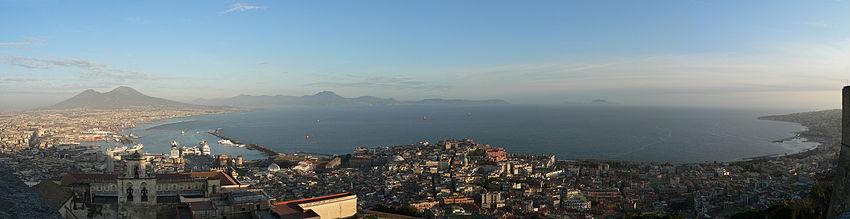 850px-Napoli_da_Castel_Sant_Elmo