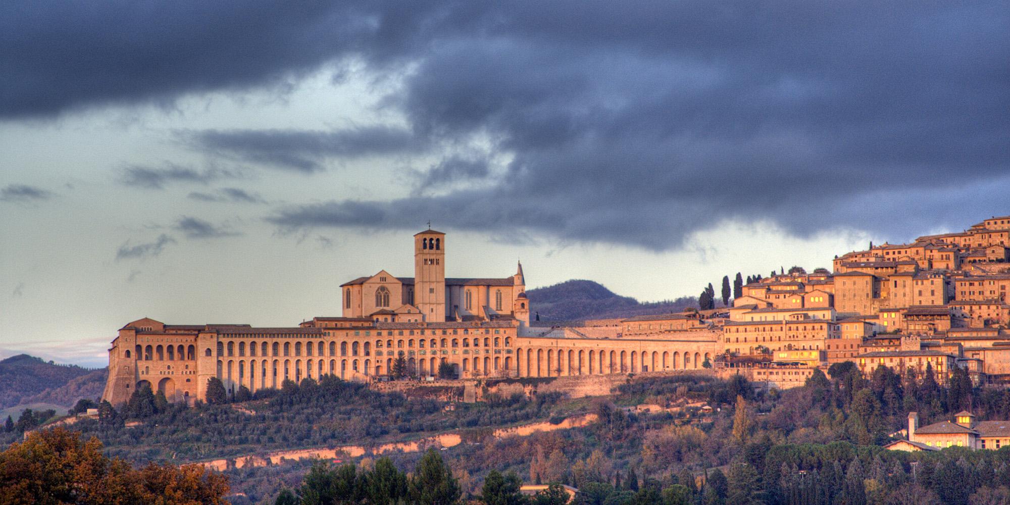 Assisi-skyline[1]