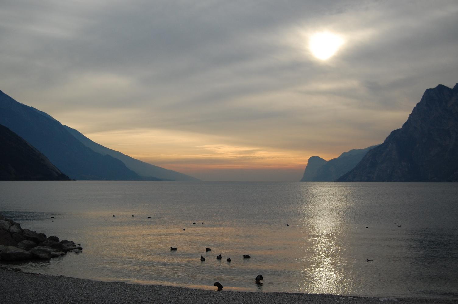 Lago_garda_inverno