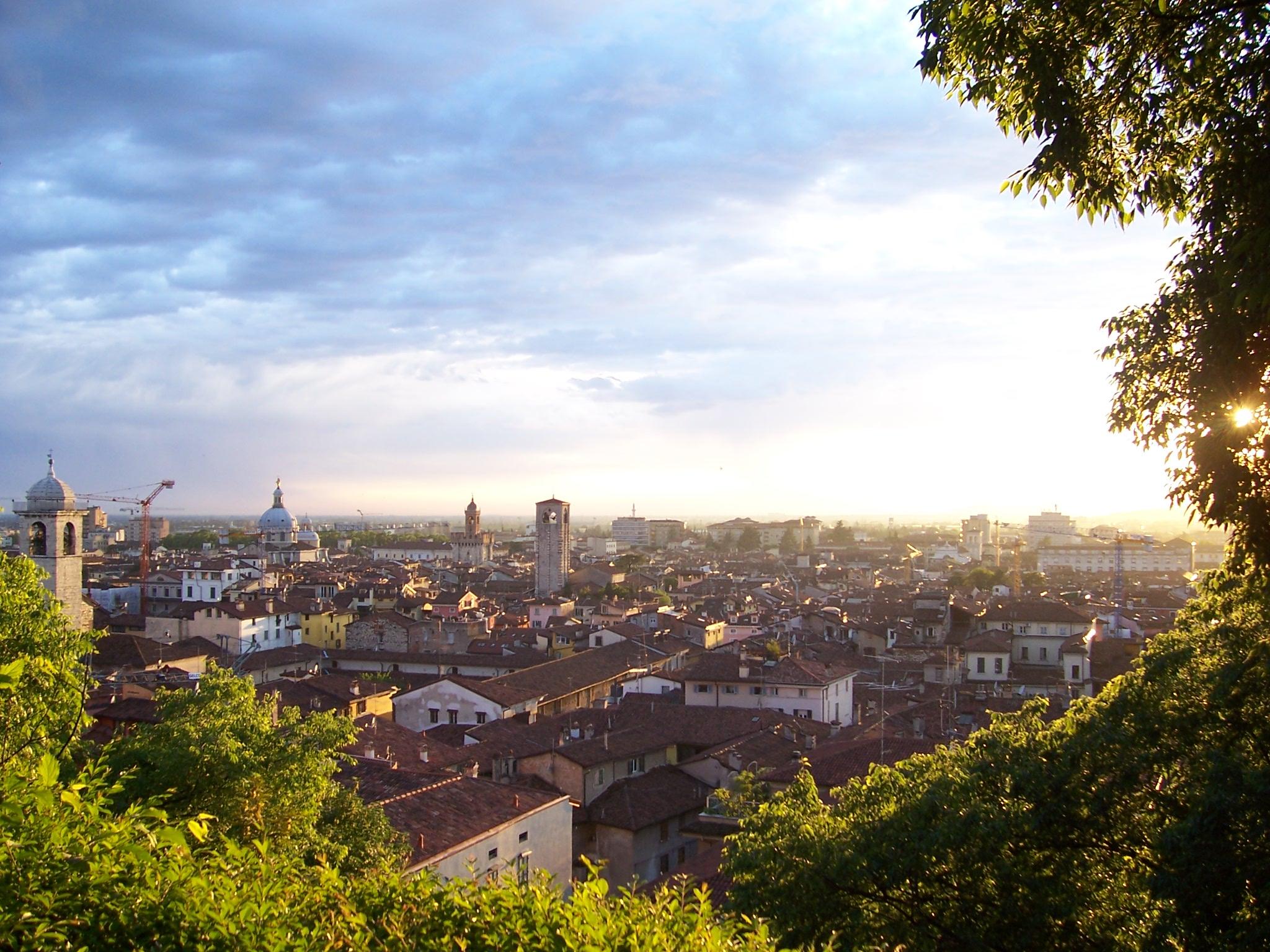 Tramonto_su_Brescia_(Foto_Luca_Giarelli)