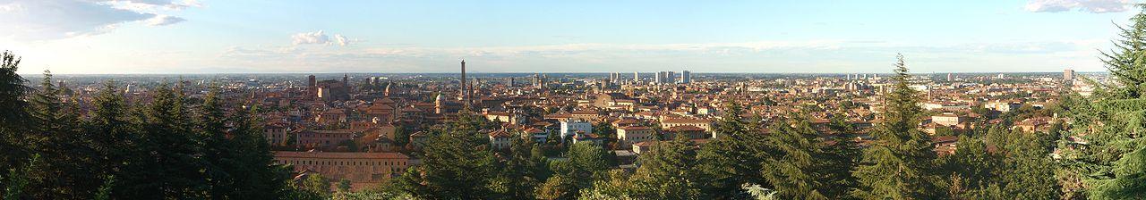 1280px-Panorama_di_Bologna[1]