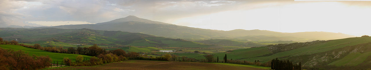 1280px-Val_D'Orcia1