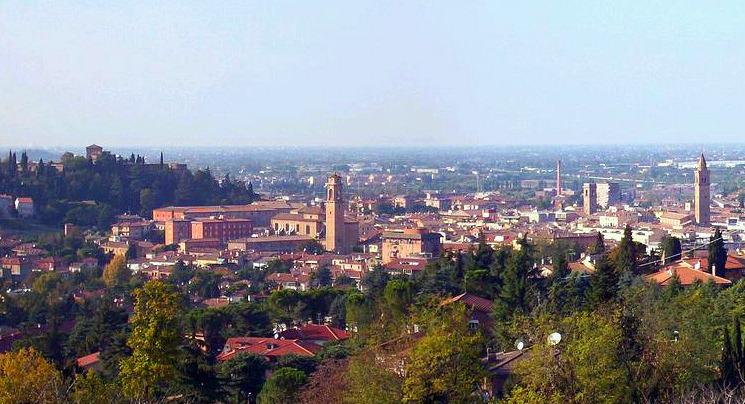 Panorama_di_Cesena_e_le_sue_colline[1]