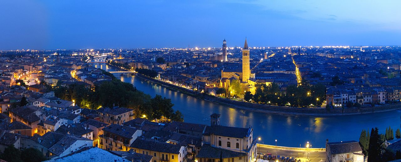 1280px-Panoramic_photograph_of_Verona_from_Castel_San_Pietro