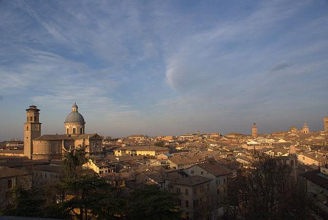 640px-Reggio_emilia_panorama_e_Ghiara