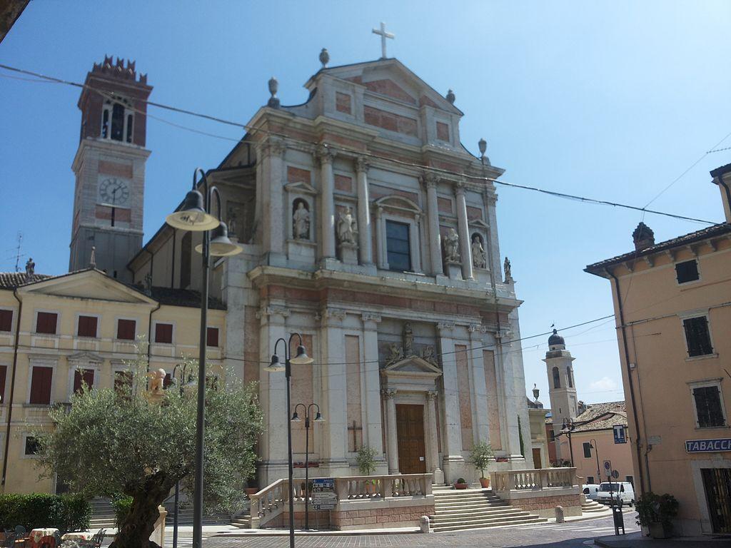 Chiesa_di_Caprino_Veronese.jpeg