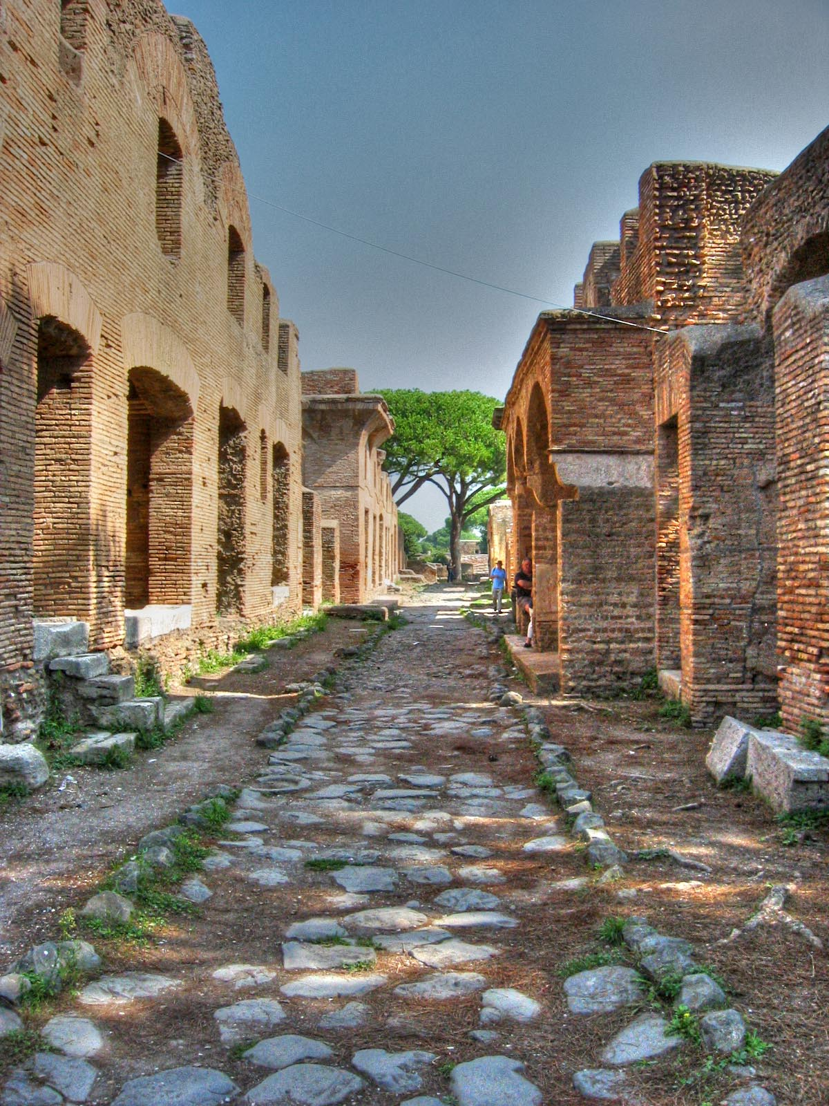 Ostia_Antica-strada01