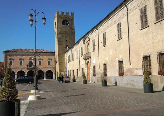 Castel_Goffredo-Piazza_Mazzini5