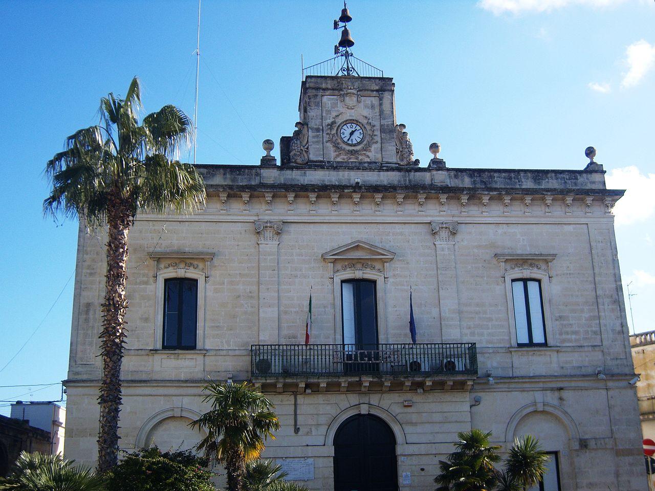 1280px-Lizzanello_(LE)_-_municipio