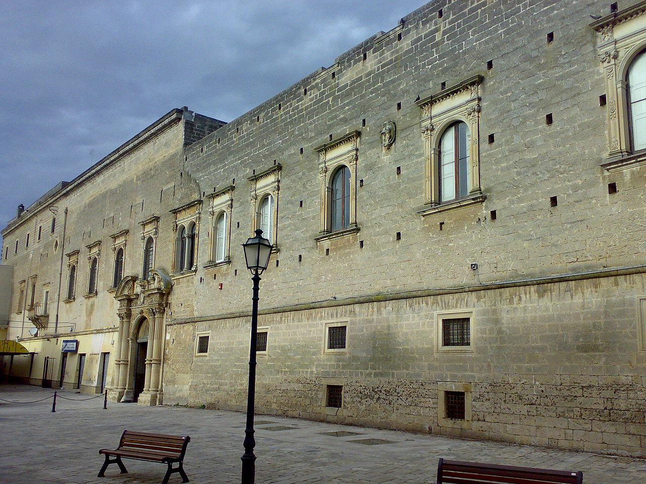 1280px-Palazzo_Marchesale_Monteroni_di_Lecce