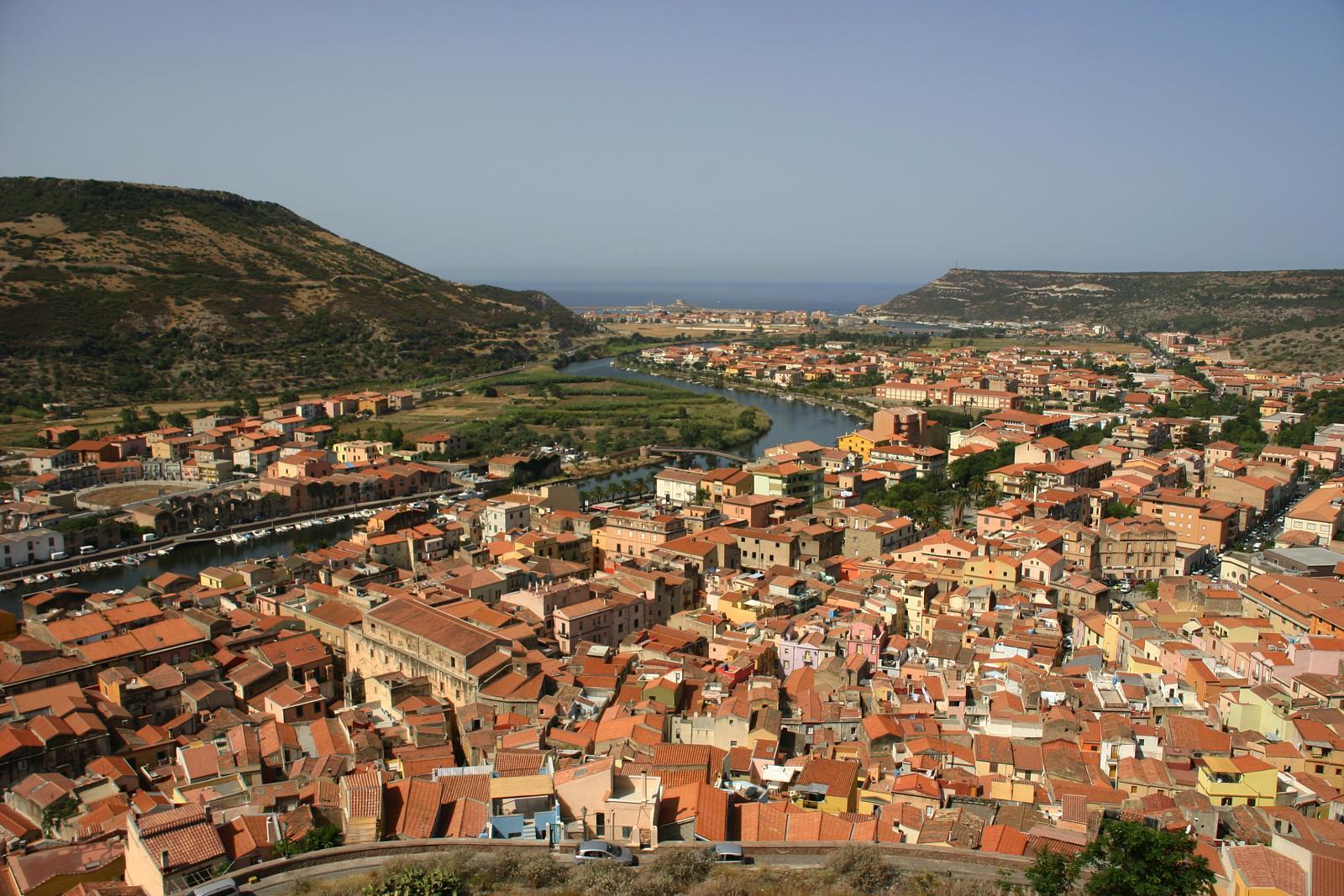 Bosa_dal_castello_di_serravalle_9_b