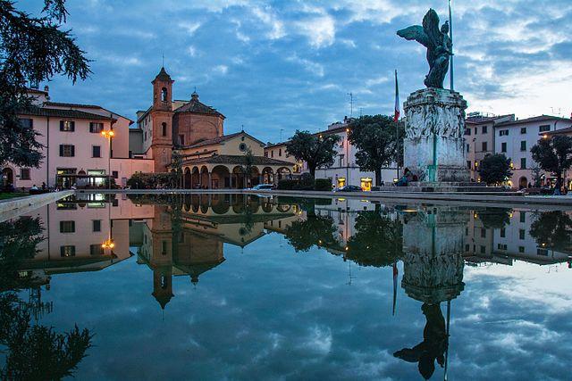 640px-Empoli_Fontana