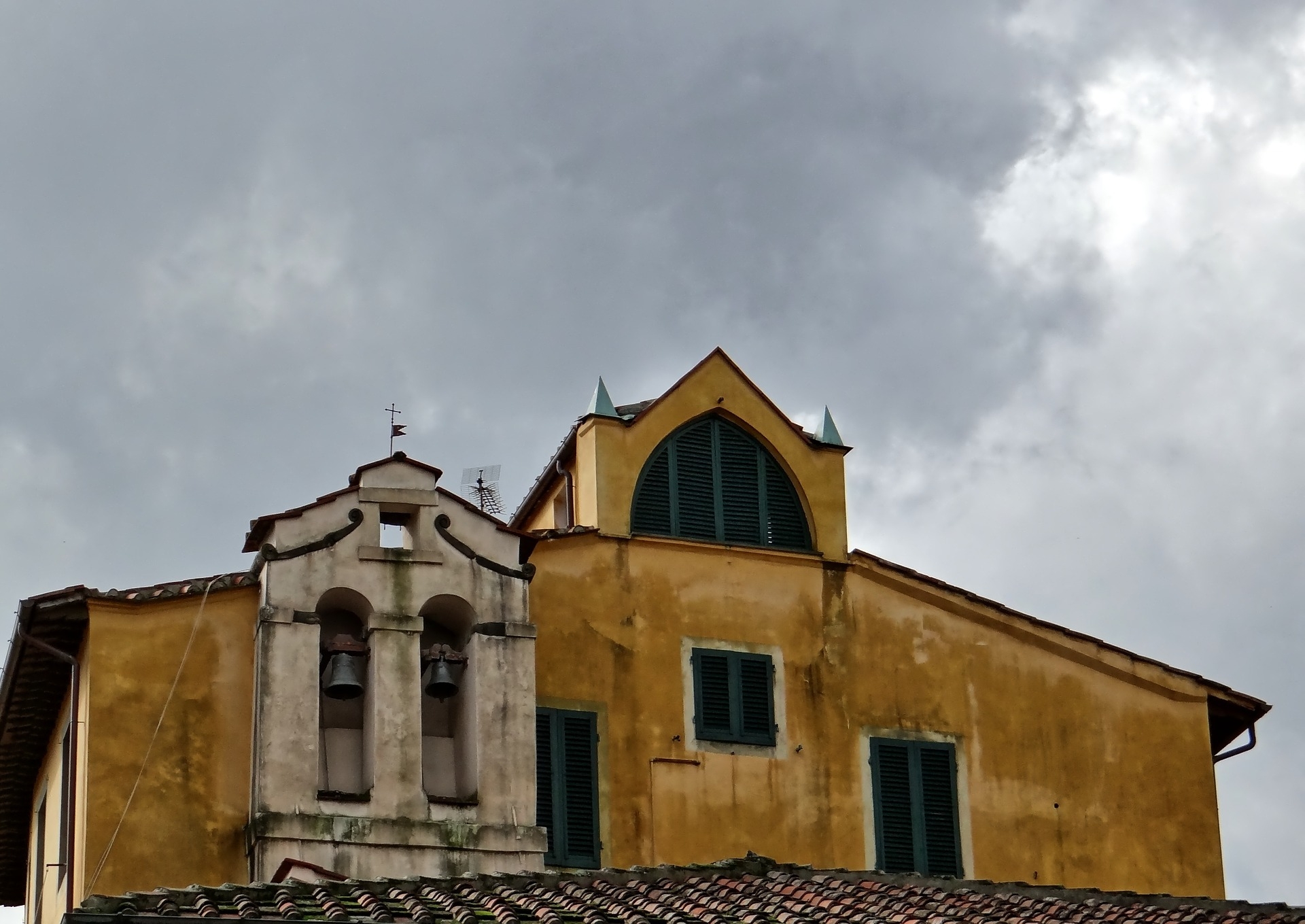 church-522623_1920