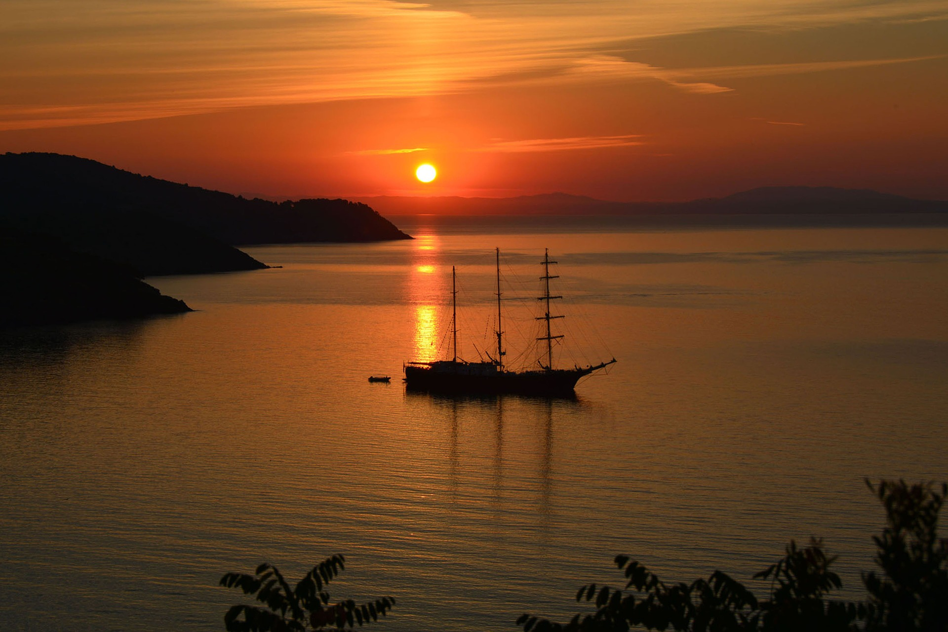 sunset-1076414_1920