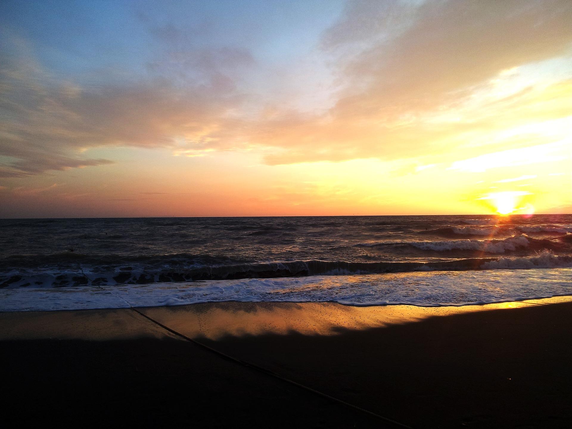 sunset-756538_1920