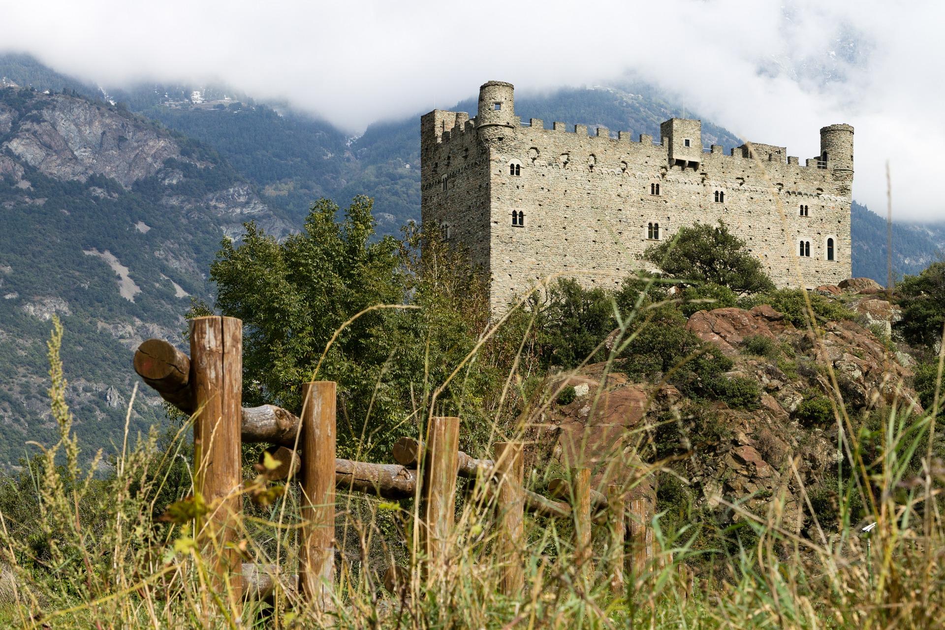 castle-441649_1920