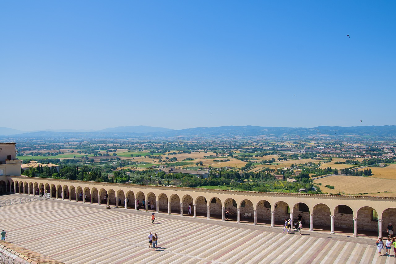 Blick von Assisi auf das Valle Umbra